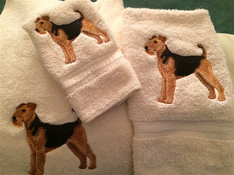 Airedale Terrier Bath Towel
