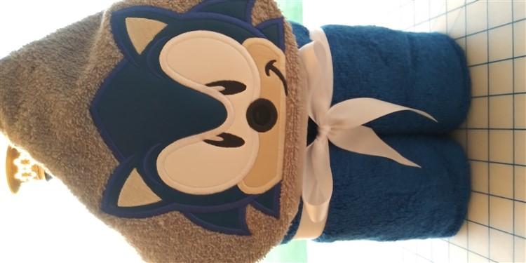 Sonic Hedgehog Hooded Towel